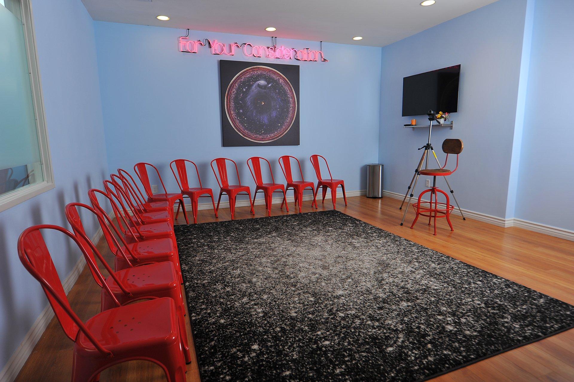 Zak Barnett Studios Classroom - Space Room-Studio Environment